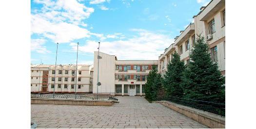 Школа 8 - фасад здания в Севастополе