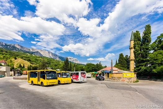автобусы на станции в Крыму